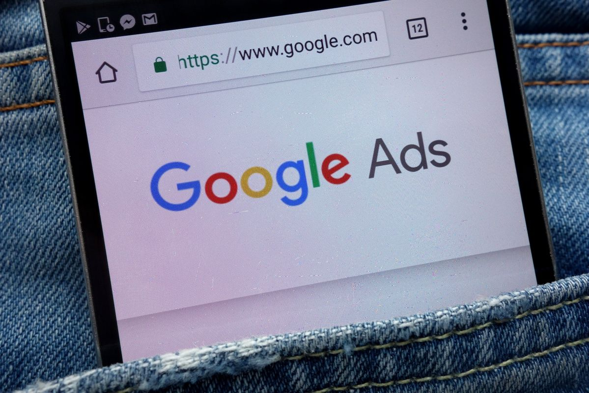 Do People Really Click On Google Ads?