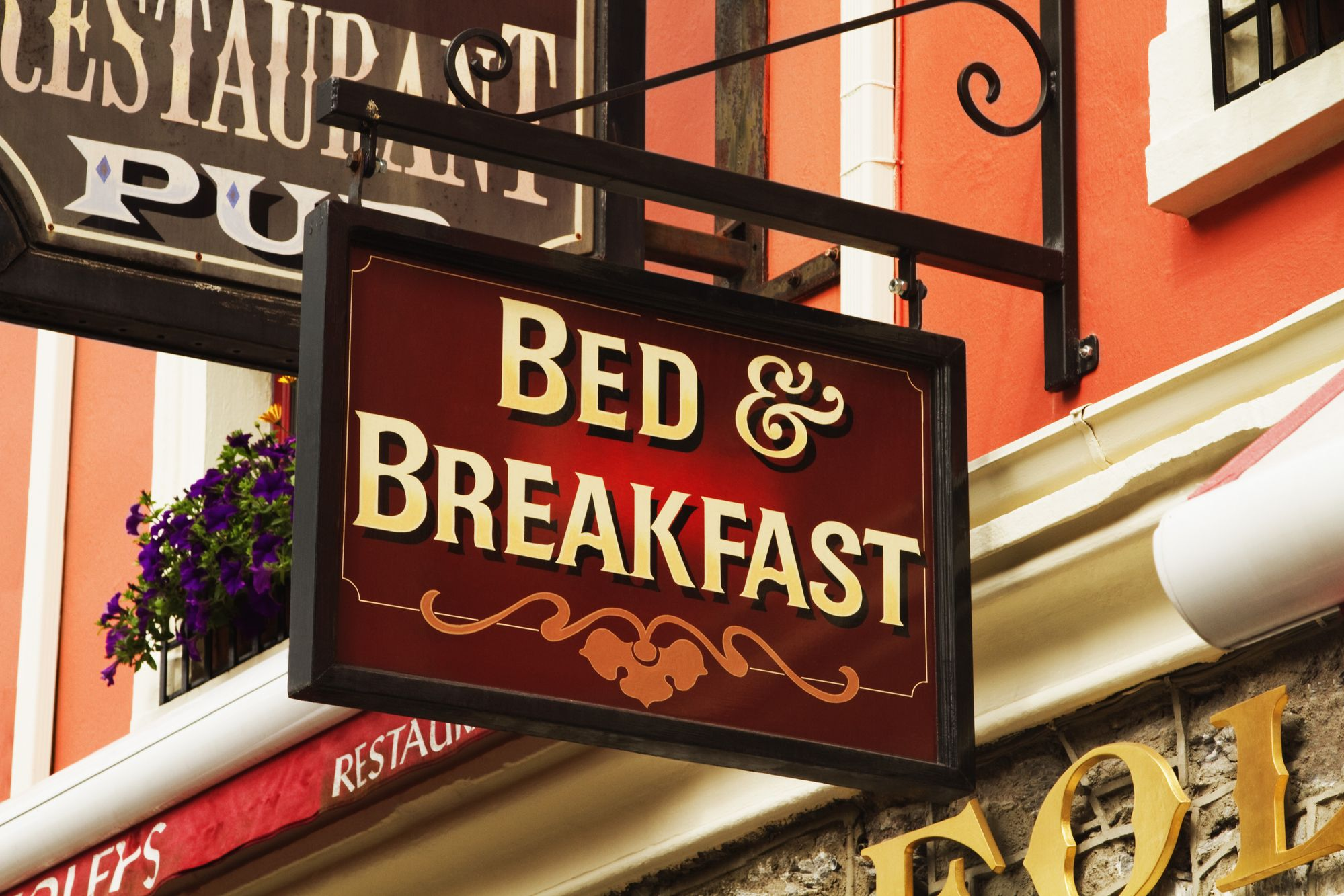 Getting Started with a Weekly Social Media Schedule for Your Bed and Breakfast